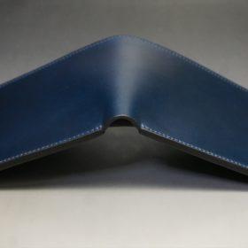 レーデルオガワ社製オイル仕上げコードバンのネイビー色の二つ折り財布(小銭入れなし)-1-3
