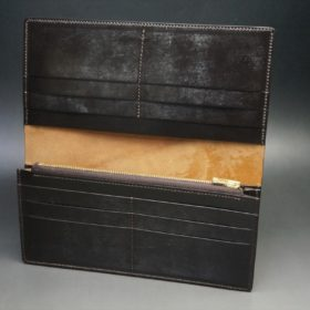 ロカド社製オイルコードバンのダークバーガンディ色のスタンダード長財布(ゴールド色)-1-7