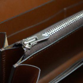新喜皮革社製オイルコードバンのコニャック色のラウンドファスナー長財布(シルバー色)-1-12