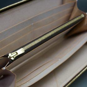 新喜皮革社製オイルコードバンのナチュラル色のラウンドファスナー長財布(ゴールド色)-1-10