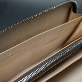 新喜皮革社製オイルコードバンのナチュラル色のラウンドファスナー長財布(シルバー色)-1-14