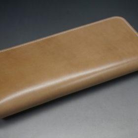 新喜皮革社製オイルコードバンのナチュラル色のラウンドファスナー長財布(シルバー色)-1-7