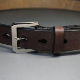 J.ベイカー社製ブライドルレザーのダークブラウン色の30mmベルト(ビジネスB/シルバー色)-ご使用イメージ-2