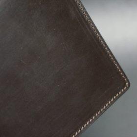 セドウィック社製ブライドルレザーのチョコ色の二つ折り財布(ゴールド色)-1-3