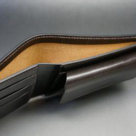 セドウィック社製ブライドルレザーのチョコ色の二つ折り財布(ゴールド色)-1-5