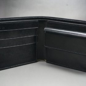 ホーウィン社製シェルコードバンのブラック色の二つ折り財布(ゴールド色)-1-7
