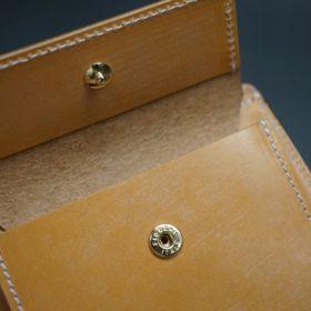 ホーウィン社製シェルコードバンのバーボン色の二つ折り財布(ゴールド色)-2-11