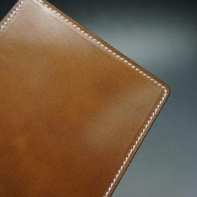 ホーウィン社製シェルコードバンのバーボン色の二つ折り財布(ゴールド色)-2-3