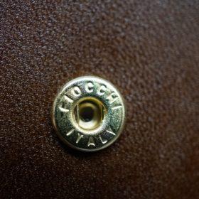 ホーウィン社製シェルコードバンのバーボン色の二つ折り財布(ゴールド色)-3-10