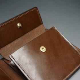 ホーウィン社製シェルコードバンのバーボン色の二つ折り財布(ゴールド色)-3-9