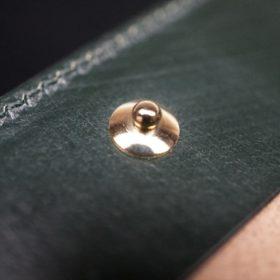 ホーウィン社製シェルコードバンのグリーン色の二つ折り財布(ゴールド色)-1-14