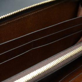 ホーウィン社製シェルコードバンのバーボン色のスタンプ側のラウンドファスナー長財布(ゴールド色)-1-14