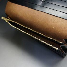 ロカド社製オイル仕上げコードバンのブラック色のスタンダード長財布(ゴールド色)-1-11