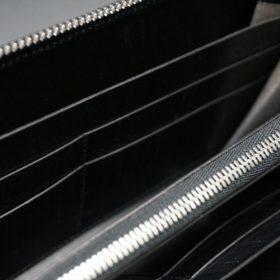 ロカド社製オイル仕上げコードバンのブラック色のラウンドファスナー長財布(シルバー色)-1-11