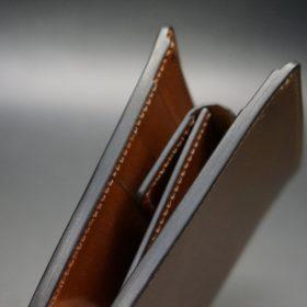 ロカド社製シェルコードバンのブラウン色の二つ折り財布(ゴールド色)-1-3
