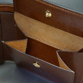 ロカド社製シェルコードバンのブラウン色の二つ折り財布(ゴールド色)-1-8