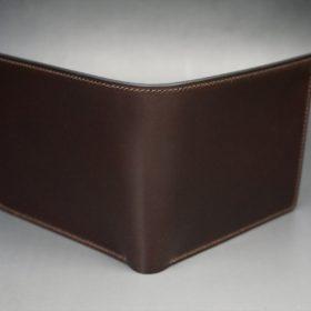 ロカド社製オイル仕上げコードバンのダークバーガンディ色の二つ折り財布(ゴールド色)-1-2
