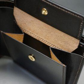 ロカド社製オイル仕上げコードバンのダークバーガンディ色の二つ折り財布(ゴールド色)-1-9
