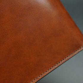 新喜皮革社製オイル仕上げコードバンのアンティーク色の二つ折り財布(ゴールド色)-1-3