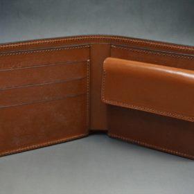 新喜皮革社製オイル仕上げコードバンのアンティーク色の二つ折り財布(ゴールド色)-1-6