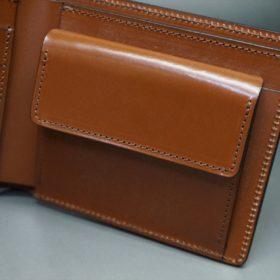 新喜皮革社製オイル仕上げコードバンのアンティーク色の二つ折り財布(ゴールド色)-1-8