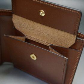 新喜皮革社製オイル仕上げコードバンのアンティーク色の二つ折り財布(ゴールド色)-1-9