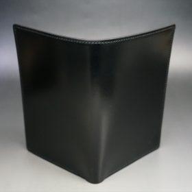 新喜皮革社製オイルコードバンのブラック色の縦長二つ折り財布(ゴールド色)-1-2