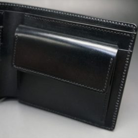 新喜皮革社製オイル仕上げコードバンのブラック色の二つ折り財布(ゴールド色)-1-7