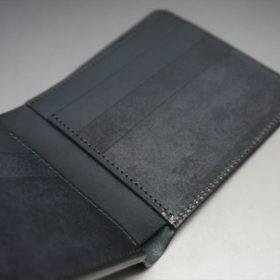 新喜皮革社製オイルコードバンのブラック色の二つ折り財布(小銭入れなしタイプ)-1-10