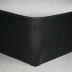 新喜皮革社製オイルコードバンのブラック色の二つ折り財布(小銭入れなしタイプ)-1-2