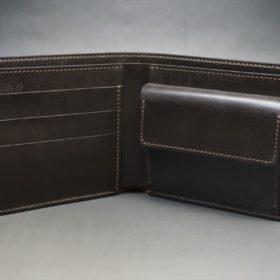 新喜皮革社製オイル仕上げコードバンのバーガンディ色の二つ折り財布(ゴールド色)-1-5