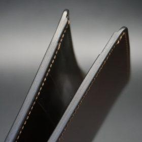新喜皮革社製オイルコードバンのブラック色の二つ折り財布(小銭入れなしタイプ)-1-11