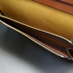 新喜皮革社製オイルコードバンのコーヒーブラウン色のスタンダード長財布(ゴールド色)-1-12