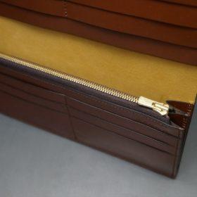 新喜皮革社製オイルコードバンのコーヒーブラウン色のスタンダード長財布(ゴールド色)-1-9