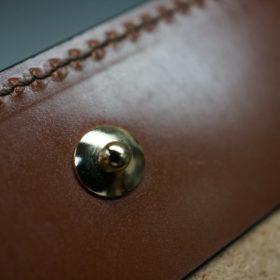 新喜皮革社製オイル仕上げコードバンのコーヒーブラウン色の二つ折り財布(ゴールド色)-1-12