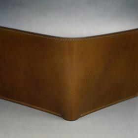 新喜皮革社製オイル仕上げコードバンのコーヒーブラウン色の二つ折り財布(ゴールド色)-1-2