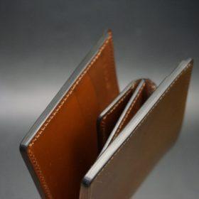 新喜皮革社製オイル仕上げコードバンのコーヒーブラウン色の二つ折り財布(ゴールド色)-1-4