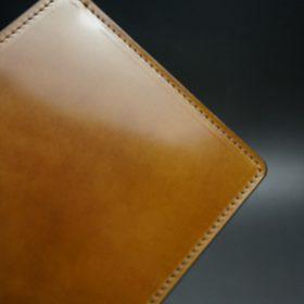 新喜皮革社製オイルコードバンのコーヒーブラウン色の二つ折り財布(小銭入れなしタイプ)-1-3