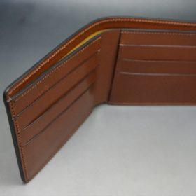 新喜皮革社製オイルコードバンのコーヒーブラウン色の二つ折り財布(小銭入れなしタイプ)-1-7