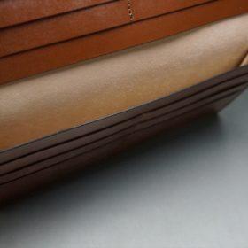 新喜皮革社製オイルコードバンのコニャック色のスタンダード長財布(小銭入れなしタイプ)-1-11