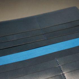 新喜皮革社製オイルコードバンのネイビー色のスタンダード長財布(小銭入れなしタイプ)-1-8