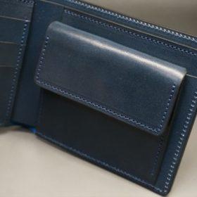 新喜皮革社製オイル仕上げコードバンのネイビー色の二つ折り財布(ゴールド色)-1-7