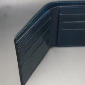 新喜皮革社製オイルコードバンのネイビー色の二つ折り財布(小銭入れなしタイプ)-1-6