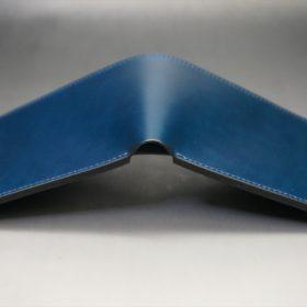 新喜皮革社製オイルコードバンのネイビー色の二つ折り財布(小銭入れなしタイプ)-1-9