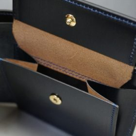 新喜皮革社製顔料仕上げコードバンのネイビー色の二つ折り財布(ゴールド色)-2-8