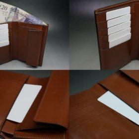 縦型タイプの二つ折り財布のご使用イメージ