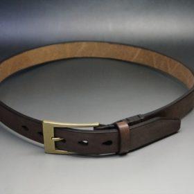 J.ベイカー社製ブライドルレザーのダークブラウン色の30mmベルト(ビジネスバックル/ゴールド色)のご使用イメージ画像-1