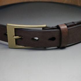 J.ベイカー社製ブライドルレザーのダークブラウン色の30mmベルト(ビジネスバックル/ゴールド色)のご使用イメージ画像-2