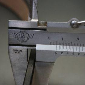 J.ベイカー社製ブライドルレザーのダークブラウン色の30mmベルト(カジュアルバックル/ゴールド色/M)-1-12