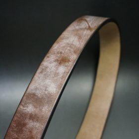 J.ベイカー社のブライドルレザーのベルト帯